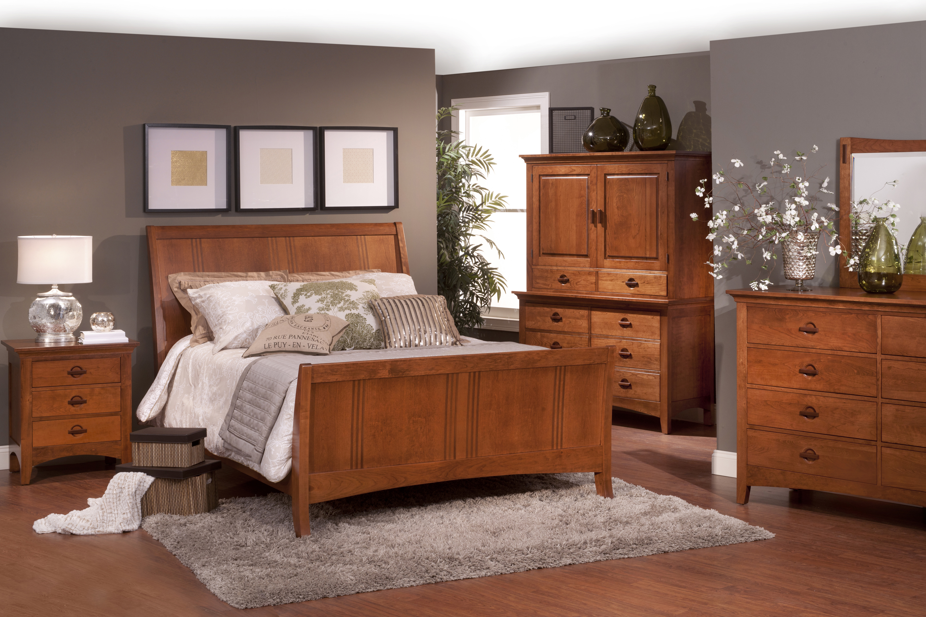 Wood furniture saugerties furniture for Looking bedroom furniture