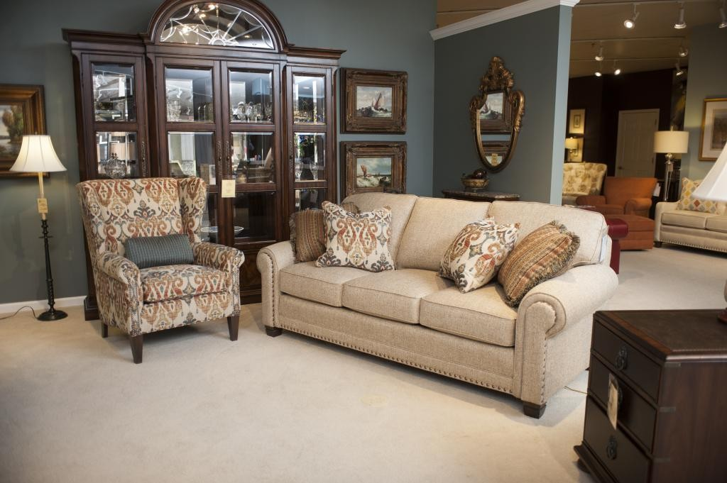 Smith Brothers 393 Sofa And 505 Wing Chair